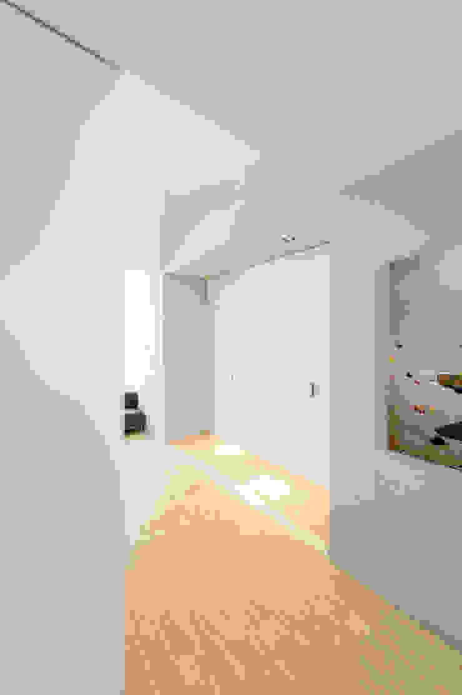 Woonhuis Brederodestraat Moderne gangen, hallen & trappenhuizen van Bas Vogelpoel Architecten Modern Hout Hout