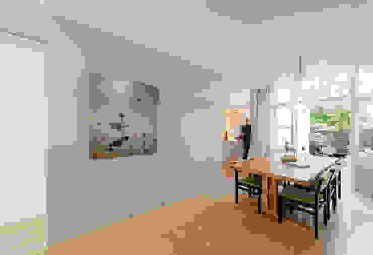 Woonhuis Brederodestraat Moderne eetkamers van Bas Vogelpoel Architecten Modern Hout Hout