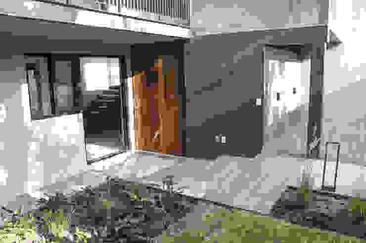 INDICO ห้องโถงทางเดินและบันไดสมัยใหม่ ไม้ Wood effect