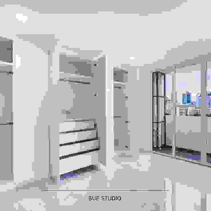 White space, we loved.: ทันสมัย  โดย Bue Studio Co.,Ltd., โมเดิร์น
