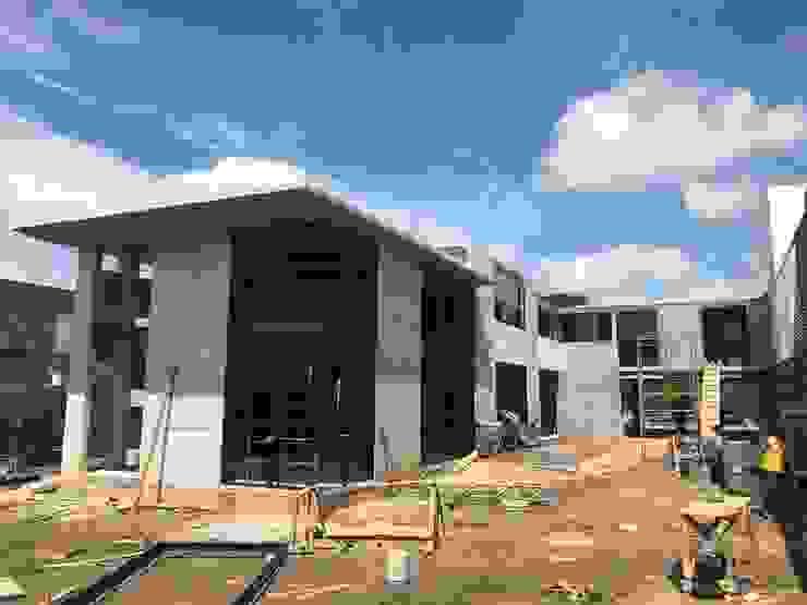 Paola Calzada Arquitectos Single family home Concrete Grey