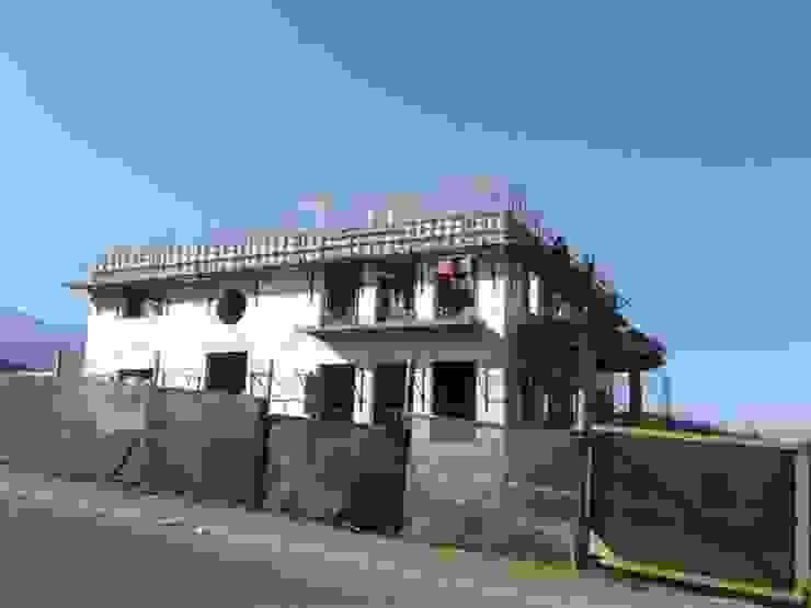 Casa en Valle Escondido de Casas del Girasol- arquitecto Viña del mar Valparaiso Santiago Clásico