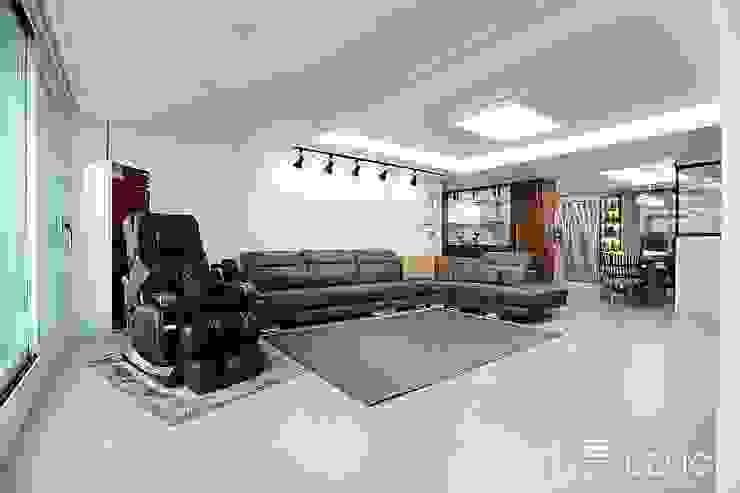 월성푸르지오 48평형 모던스타일 거실 by 남다른디자인 모던