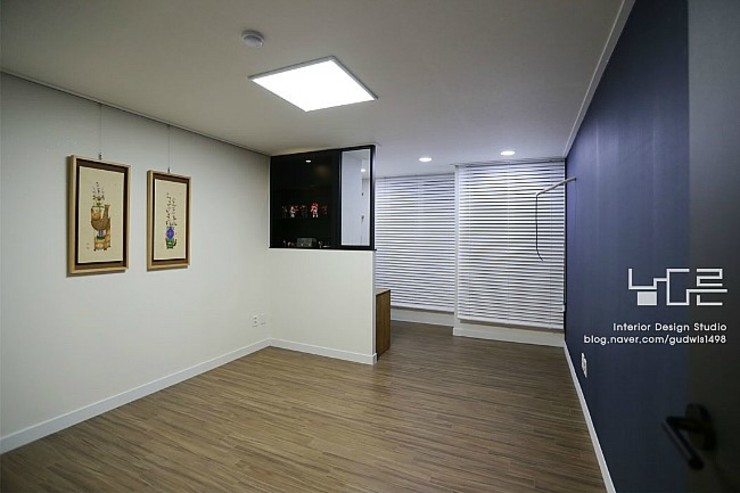 Modern media room by 남다른디자인 Modern