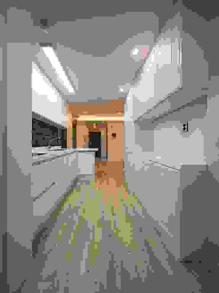 Modern Kitchen by 그리다집 Modern