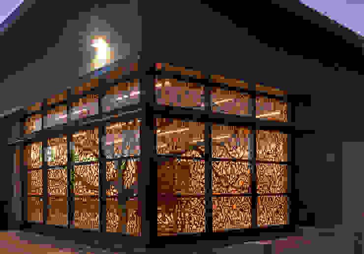 LOFT板材波蘭高端品質,現代簡約_意大利之家: 斯堪的納維亞  by 北京恒邦信大国际贸易有限公司, 北歐風