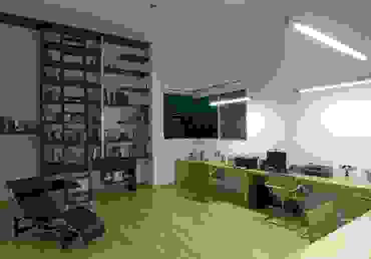 Residencia de lujo en el bajío Estudios y despachos modernos de TaAG Arquitectura Moderno Compuestos de madera y plástico