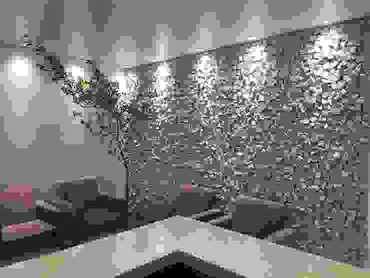 Sala com pedra Decorativa Rebello Pedras Decorativas Salas de estar rústicas Pedra Branco