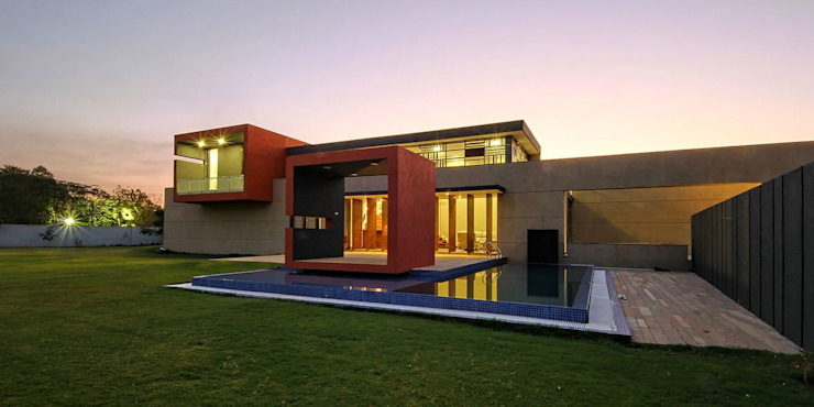 house between walls by Reasoning Instincts Architecture Studio Modern
