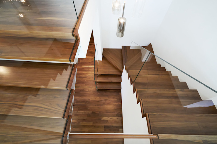 Floating staircase design with a storage underneath Siller Treppen/Stairs/Scale Stairs Wood Brown