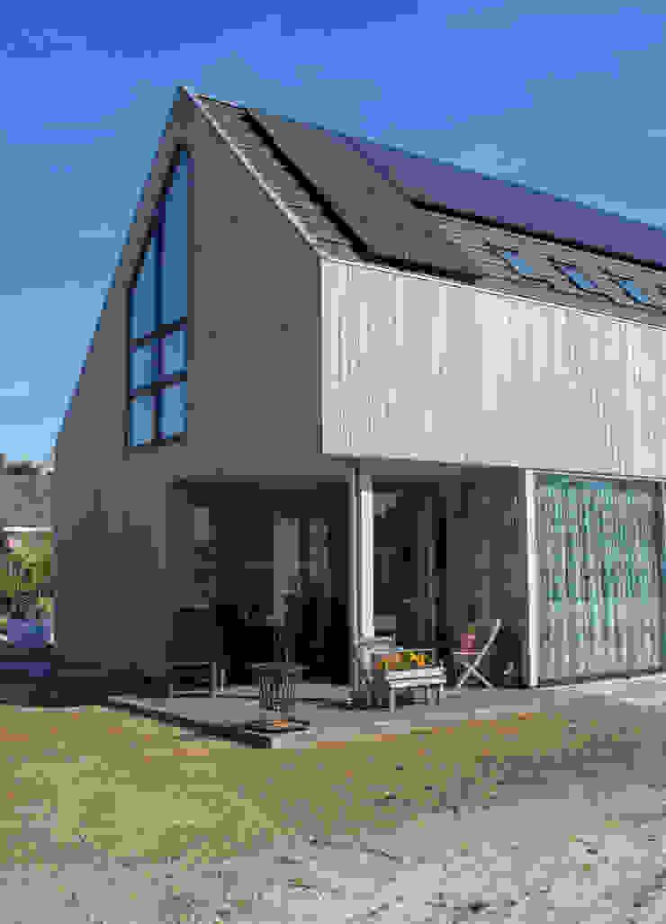 Moderne duinwoning in Castricum Moderne huizen van Nico Dekker Ontwerp & Bouwkunde Modern