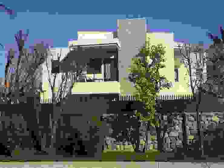 Vista desde la calle de Arqsol Moderno