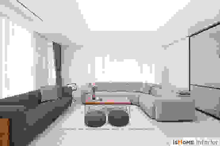 이즈홈 现代客厅設計點子、靈感 & 圖片