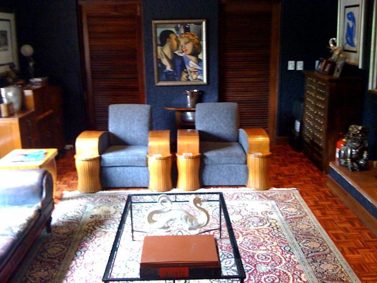 Eclectic style living room by CKW Lifestyle Associates PTY Ltd Eclectic