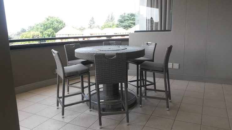Sandton Style Penthouse Living by CKW Lifestyle Associates PTY Ltd Modern Bricks