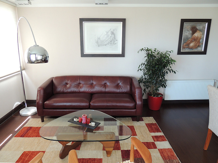 Sofá de cuero para living Livings de estilo clásico de Kaa Interior   Arquitectura de Interior   Santiago Clásico