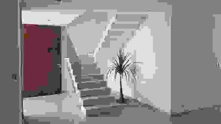 by ·Urenda· Arquitectura Modern