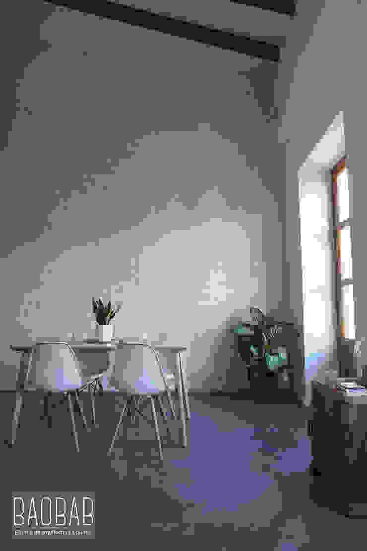 Casa Industrial Comedores de estilo industrial de Baobab Arquitectura Industrial Madera Acabado en madera