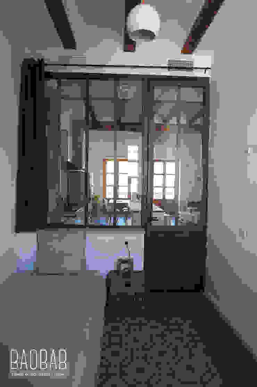 Casa Industrial Dormitorios de estilo industrial de Baobab Arquitectura Industrial Madera Acabado en madera