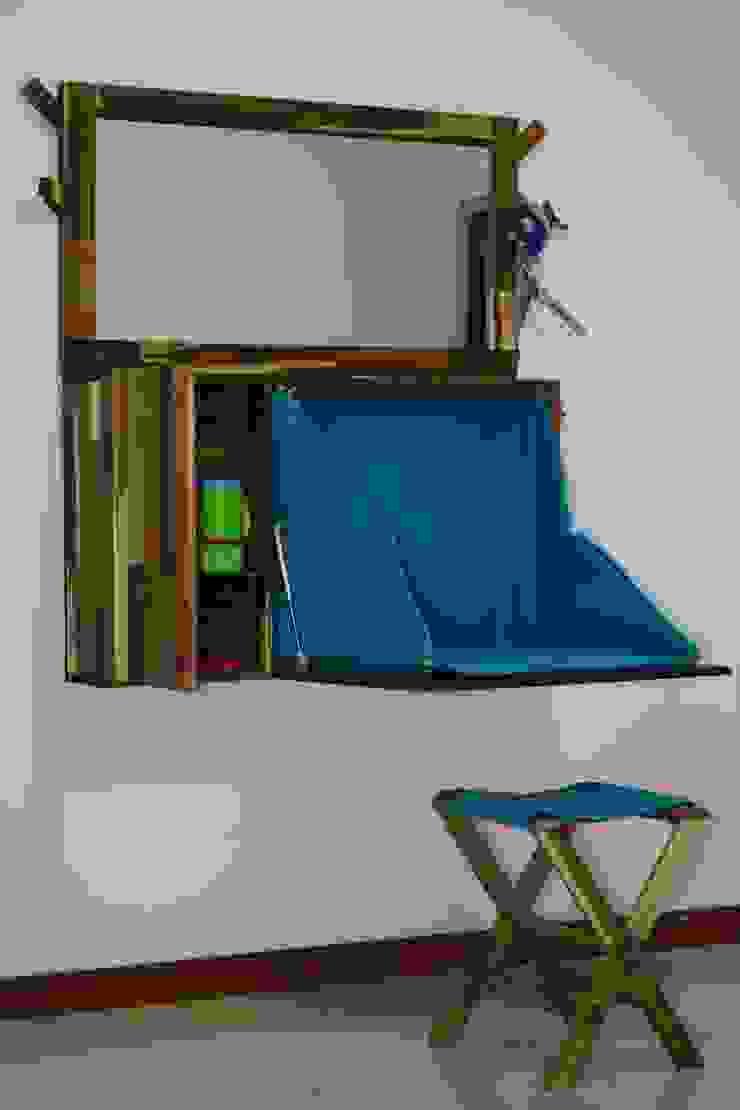 Mueble abierto de Alejandro Martínez - Diseñador industrial Minimalista Madera Acabado en madera