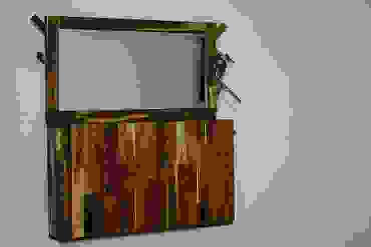 Mueble cerrado de Alejandro Martínez - Diseñador industrial Minimalista Madera Acabado en madera