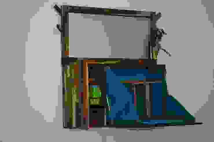 Asiento guardado de Alejandro Martínez - Diseñador industrial Minimalista Madera Acabado en madera
