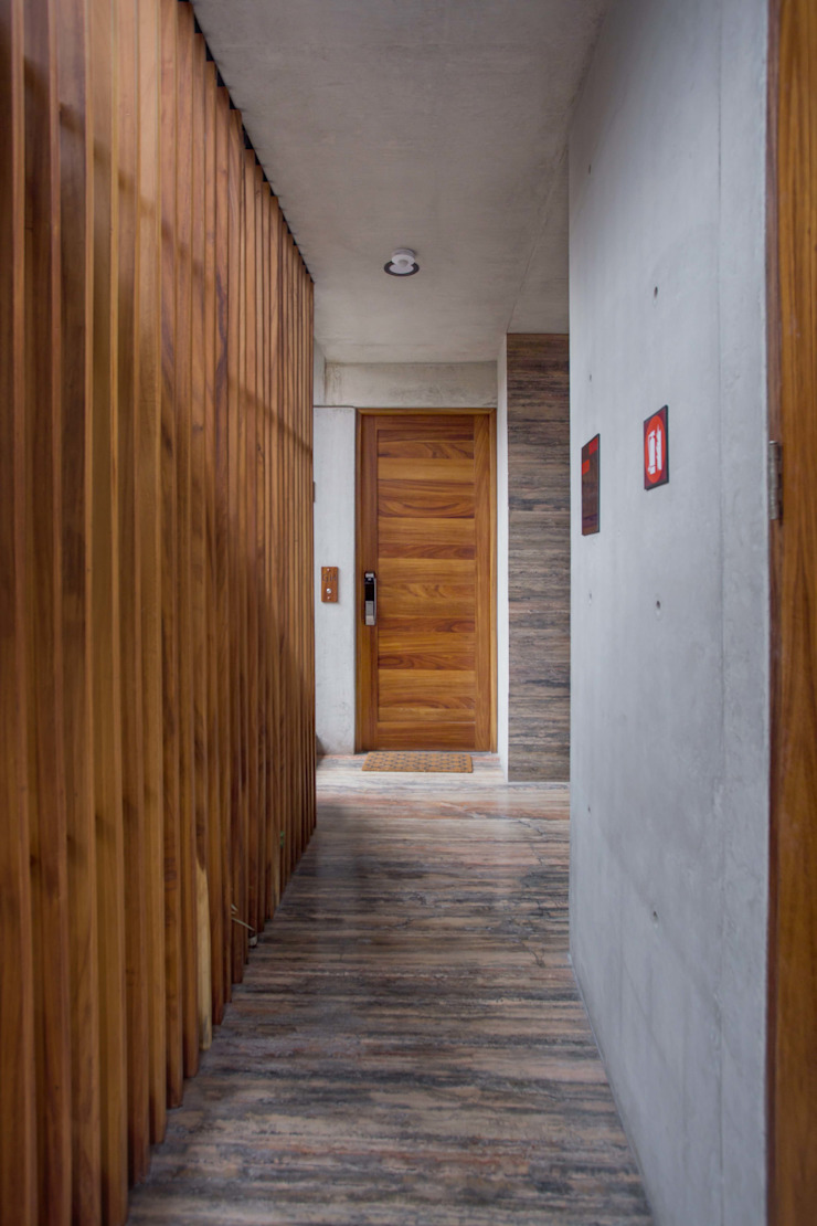 Modern style doors by PHia Modern
