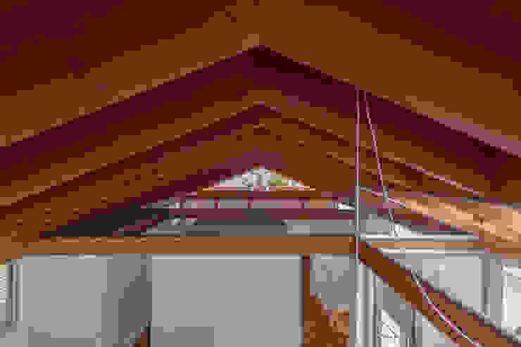 by 水石浩太建築設計室/ MIZUISHI Architect Atelier Modern