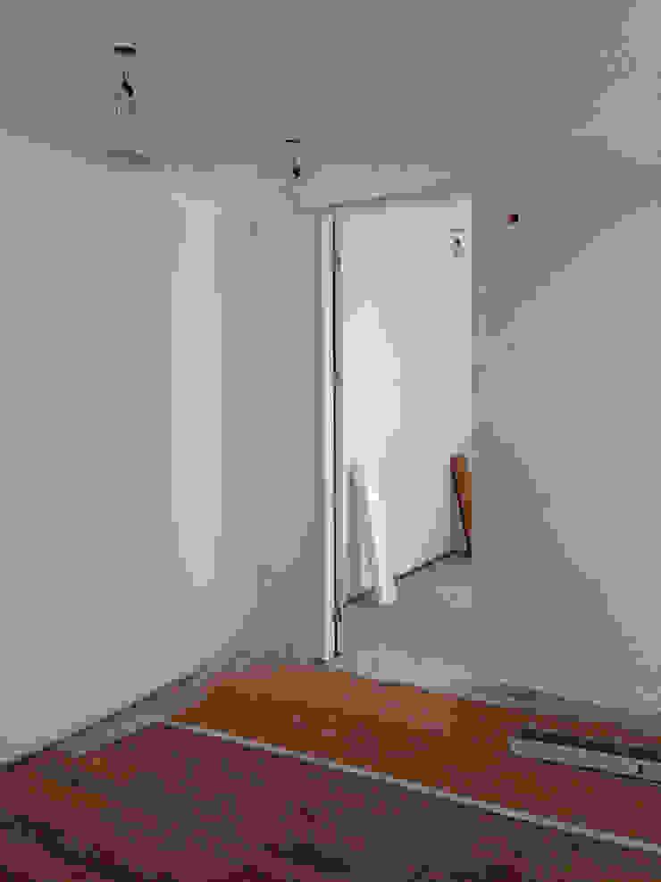Remodelação de escritório da AAP - durante a intervenção by Esfera de Imagens Lda