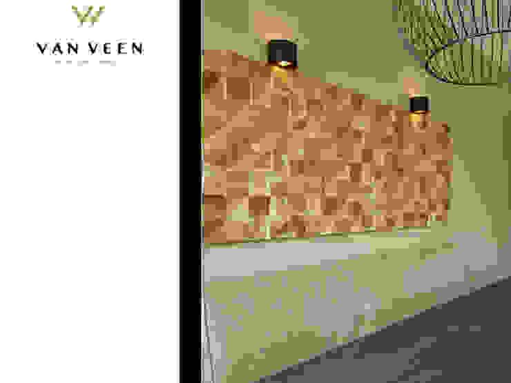 WANDPANEEL EETKAMER Moderne eetkamers van VAN VEEN INTERIOR DESIGN Modern Hout Hout