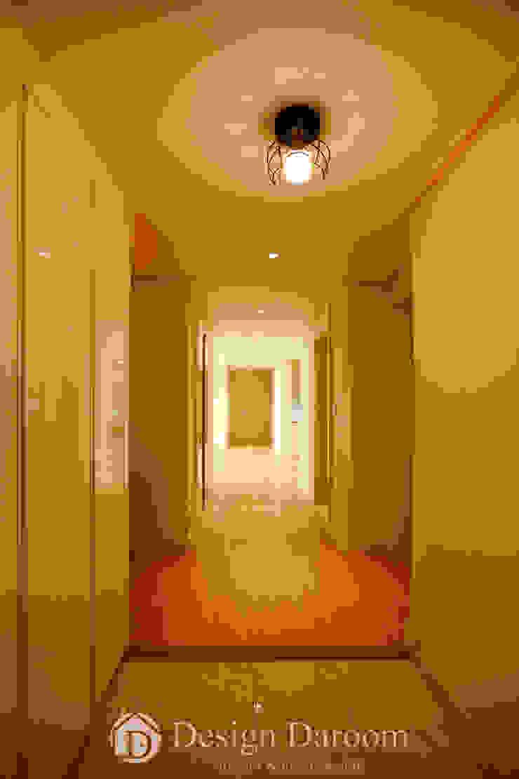 워커힐 아파트 56py 현관 모던스타일 복도, 현관 & 계단 by Design Daroom 디자인다룸 모던