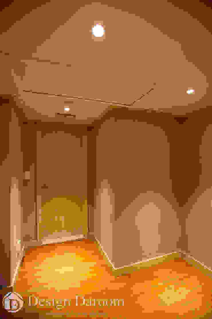 워커힐 아파트 56py 안방 전실 모던스타일 침실 by Design Daroom 디자인다룸 모던