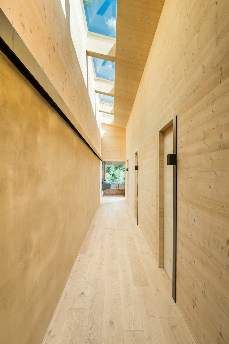dom arquitectura Modern corridor, hallway & stairs