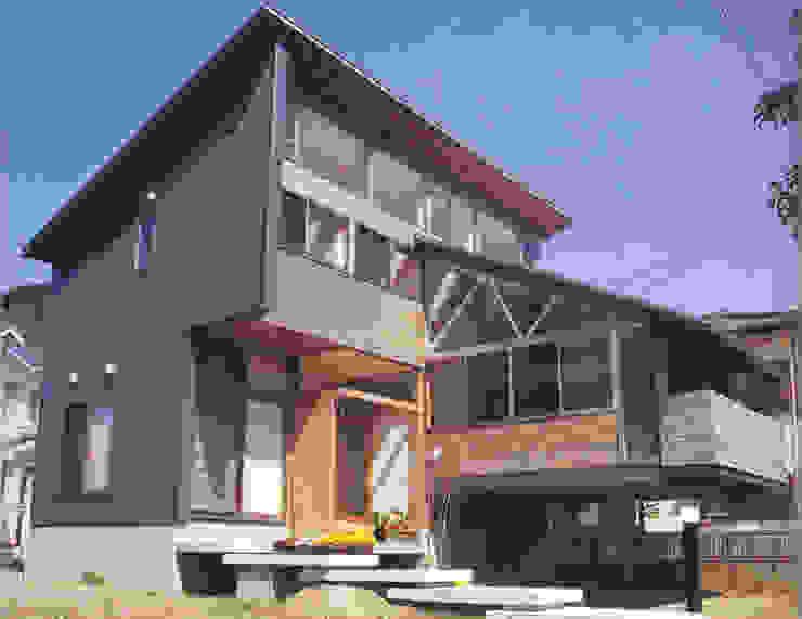 Casas estilo moderno: ideas, arquitectura e imágenes de 原 空間工作所 HARA Urban Space Factory Moderno Vidrio