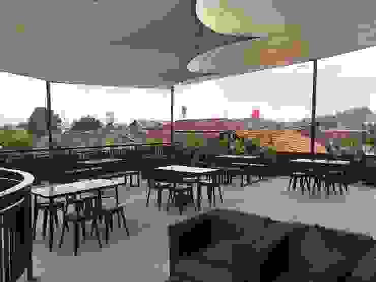 AKABAY Cafe Gastronomi Gaya Industrial Oleh EDELIO - Edelweis Studio Industrial
