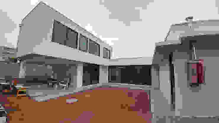 di Lau Arquitectos Moderno