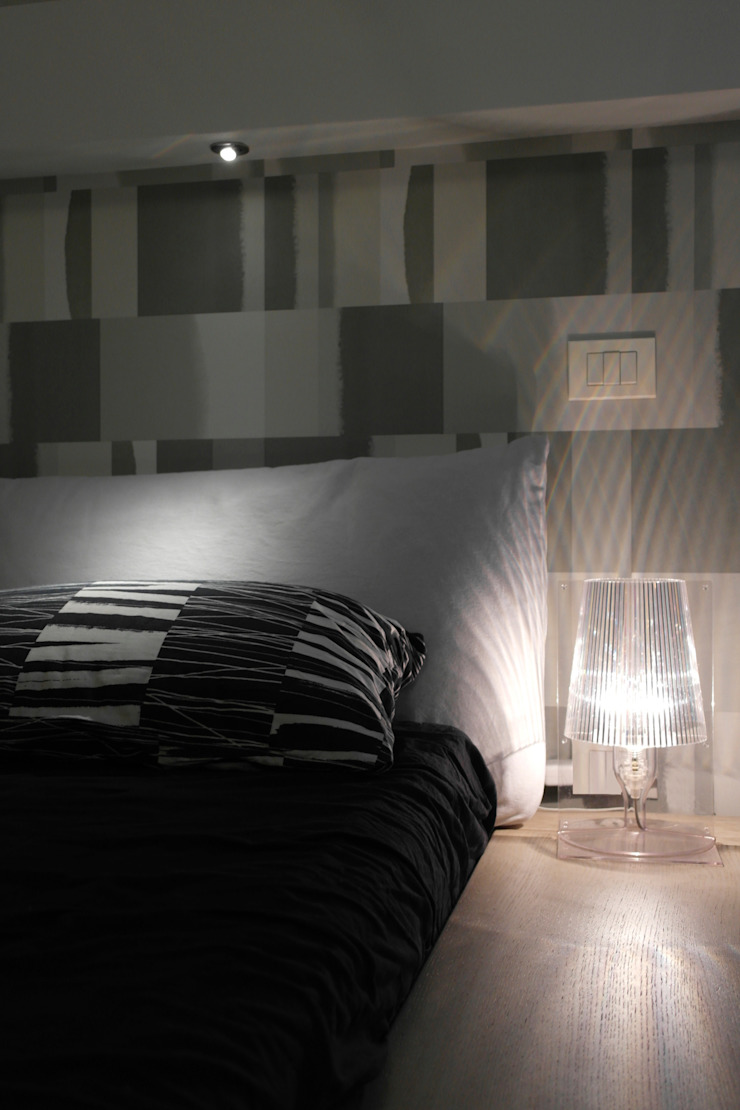 Modern style bedroom by Laura Marini Architetto Modern