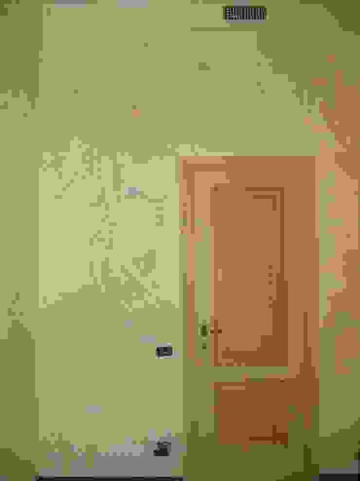 Classic style bedroom by Meraki di Irene Mancini Decorazione d'Interni Classic