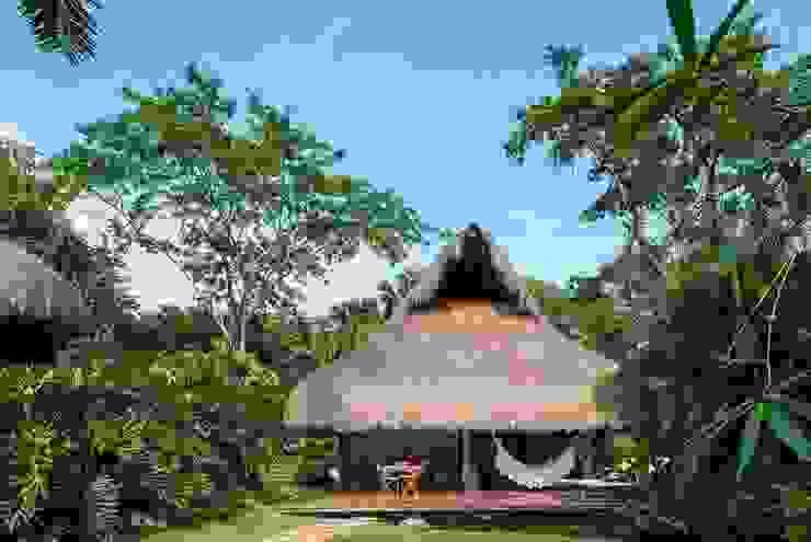 NOAH Proyectos SAS Tropical style houses