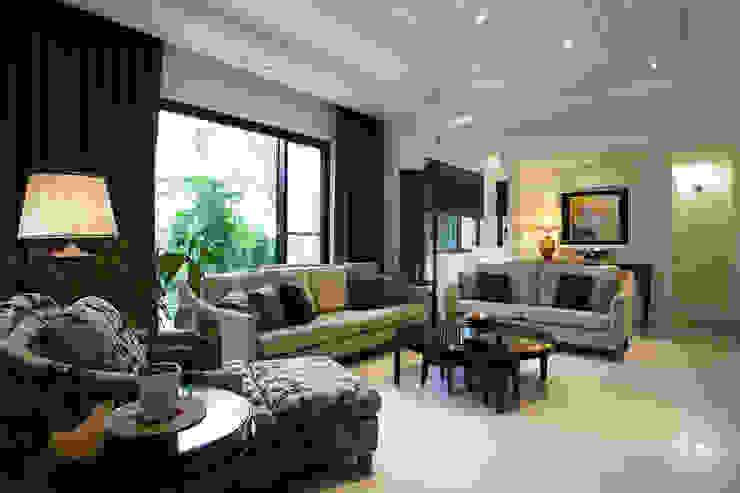 美式居家風格住宅 现代客厅設計點子、靈感 & 圖片 根據 G.T. DESIGN 大楨室內裝修有限公司 現代風