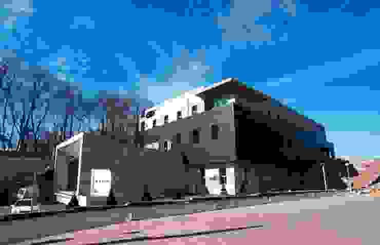 외관: 위 종합건축사사무소의 현대 ,모던