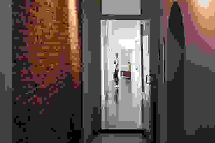 Herbestemming monument Moderne gangen, hallen & trappenhuizen van Richèl Lubbers Architecten Modern
