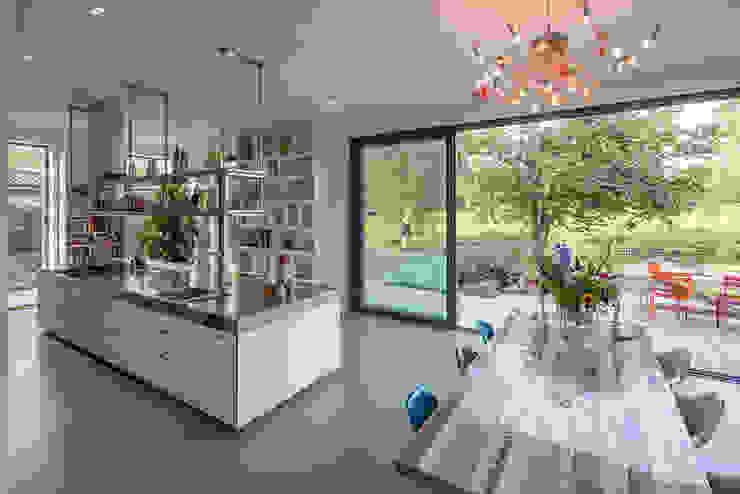 Cocinas modernas de Richèl Lubbers Architecten Moderno