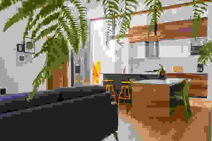 Adrede Diseño Modern Dining Room Wood