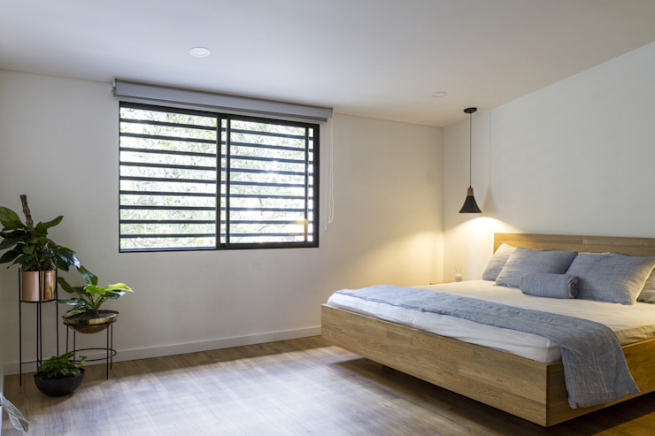 Adrede Diseño Modern style bedroom Wood White