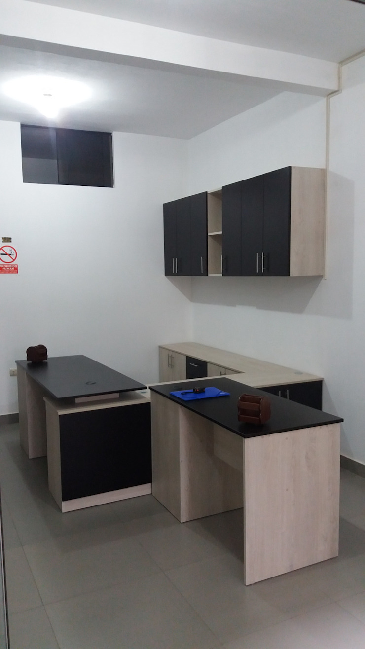 MUEBLES DE OFICINA de MARSHEL DUART SRL Moderno