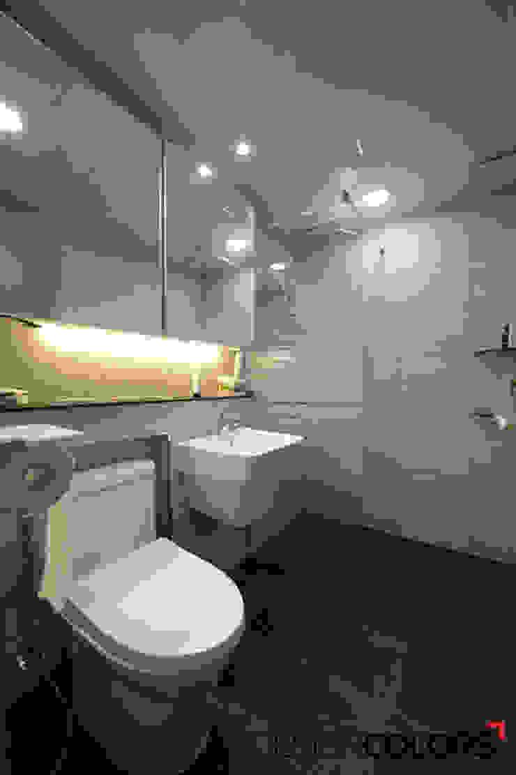 용산구 효창동 세양청마루 아파트인테리어 23평 모던스타일 욕실 by DESIGNCOLORS 모던