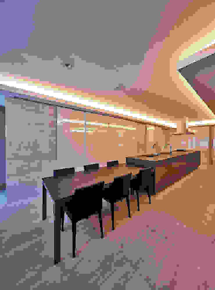 梶浦博昭環境建築設計事務所 Dapur Modern