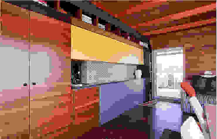 Gemmalo arquitectura interior Built-in kitchens Wood Brown