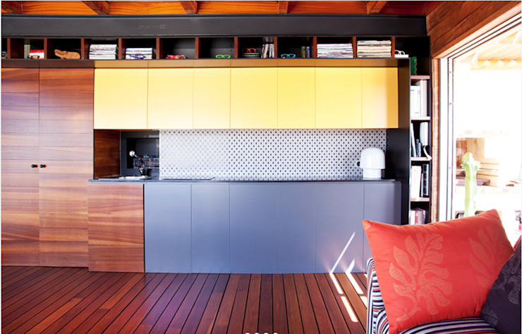 Gemmalo arquitectura interior Built-in kitchens Wood-Plastic Composite Purple/Violet